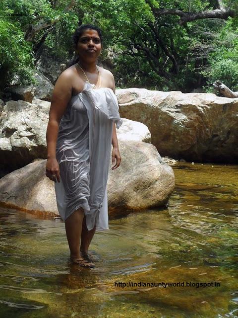 Nude Kerala Aunty