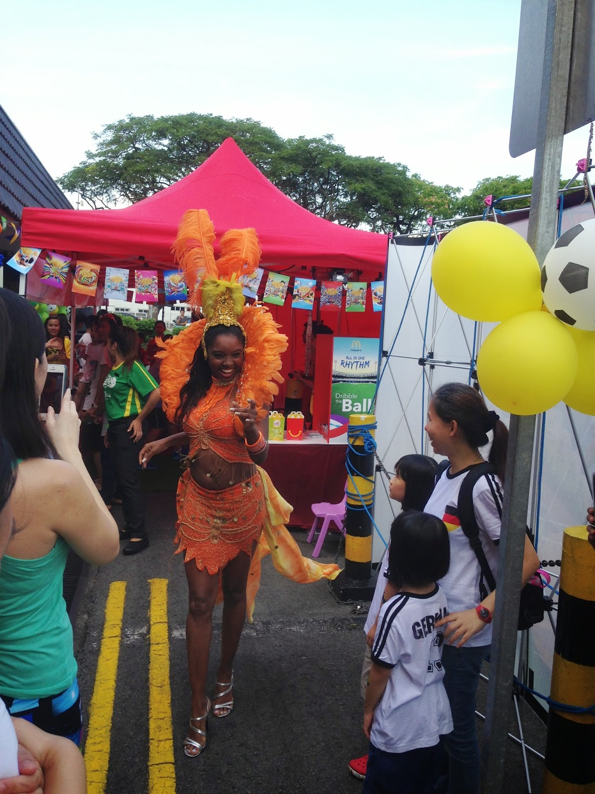 FIFA World Cup Mcdonald's Carnival Hot Dancer Lady