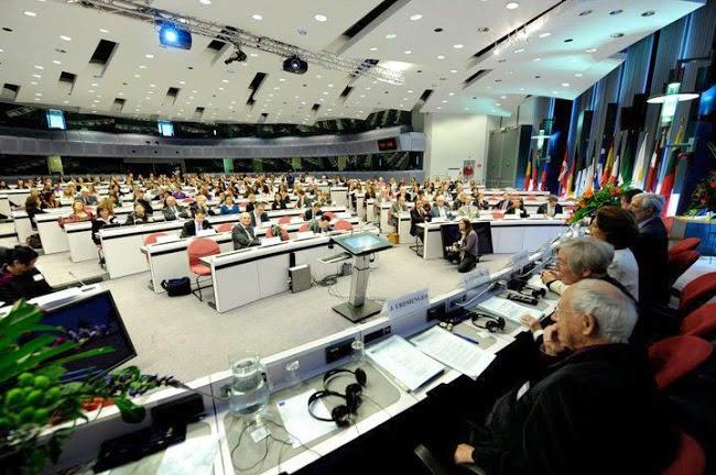 HUB *UNION EUROPEENNE*EUROPÄISCHE UNION*EUROPEAN UNION*UNION EUROPEA...* by Morgane BRAVO