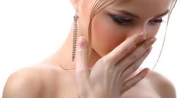Tips Cara Cepat Menghilangkan Bau Mulut Secara Alami