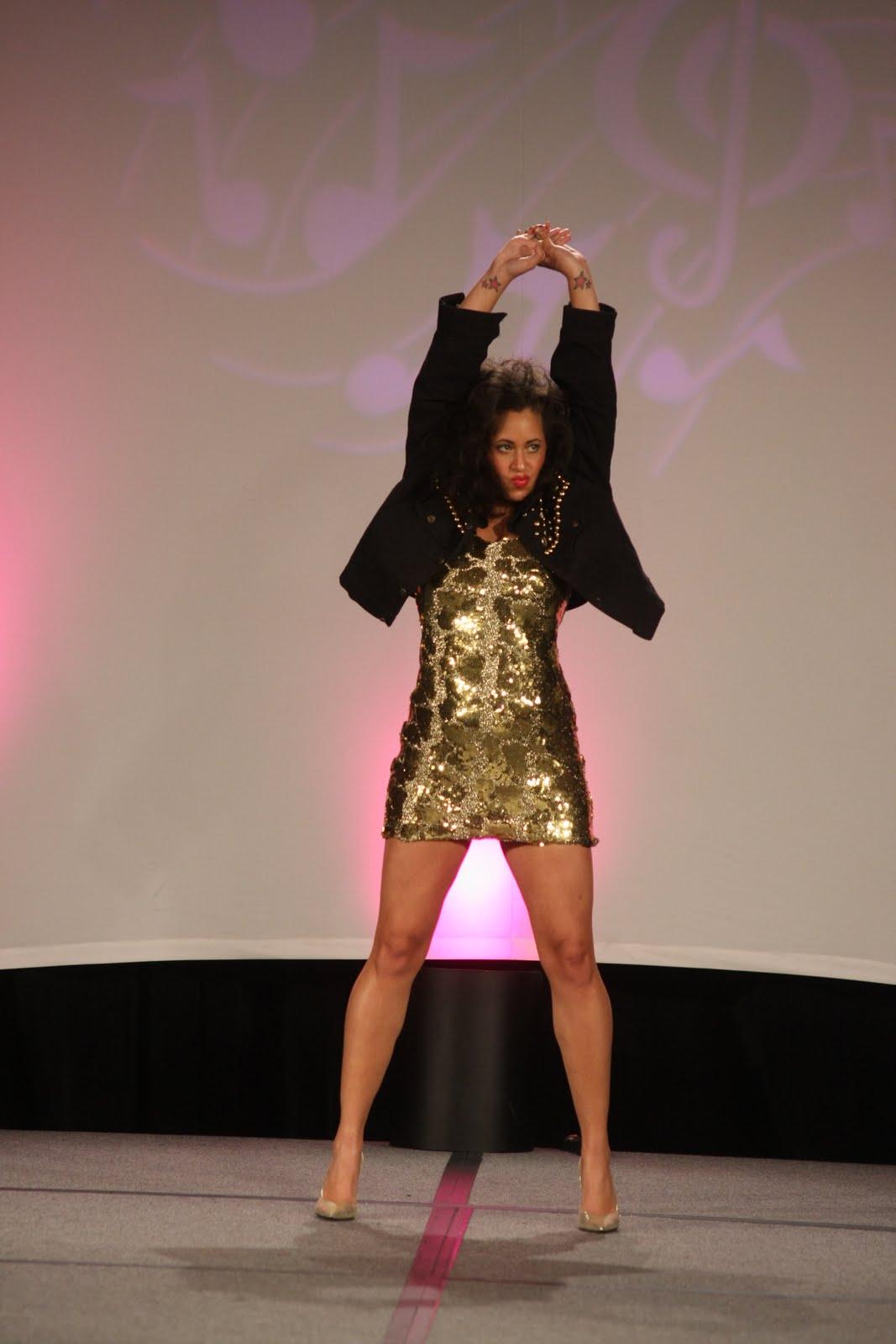 http://2.bp.blogspot.com/-PYWR263p3ls/T4wdcUMFUkI/AAAAAAAAQjg/1p0G3IYM5u4/s1600/Tina_Turner_1.JPG
