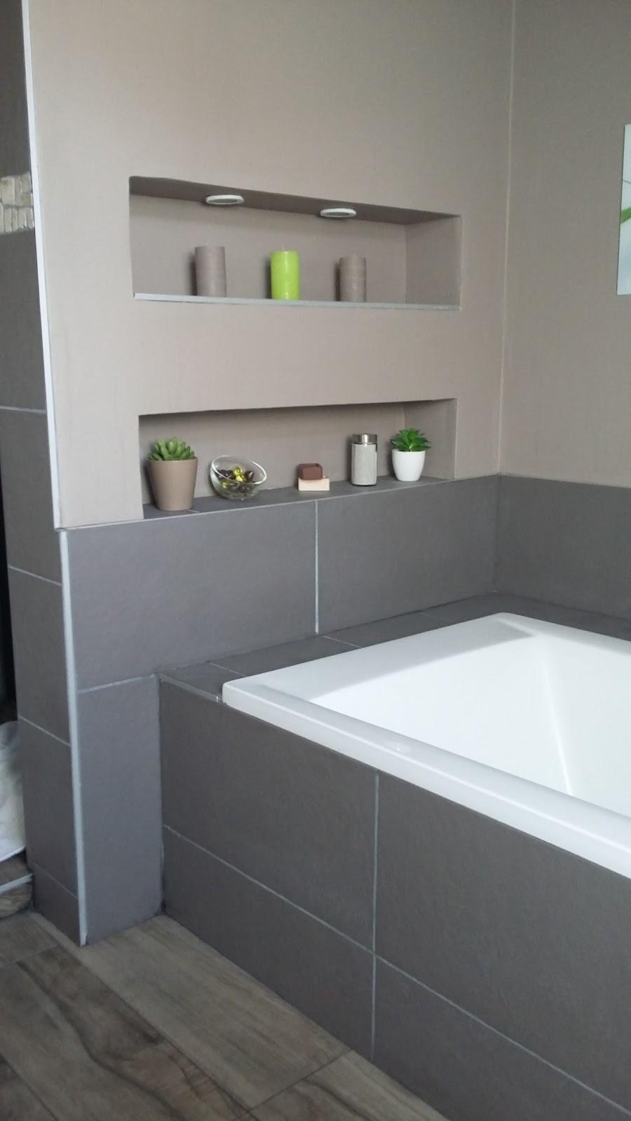 salle de bain baignoire rose bricolage de lide la ralisation salle de bain zen et - Salle De Bain Baignoire Rose
