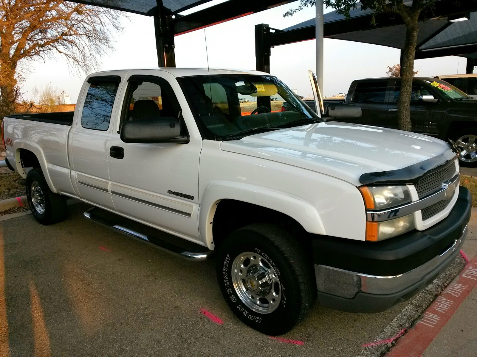 For Sale $15 991 white 2004 Chevrolet Silverado 2500 4x4 6 0 Gas 70k