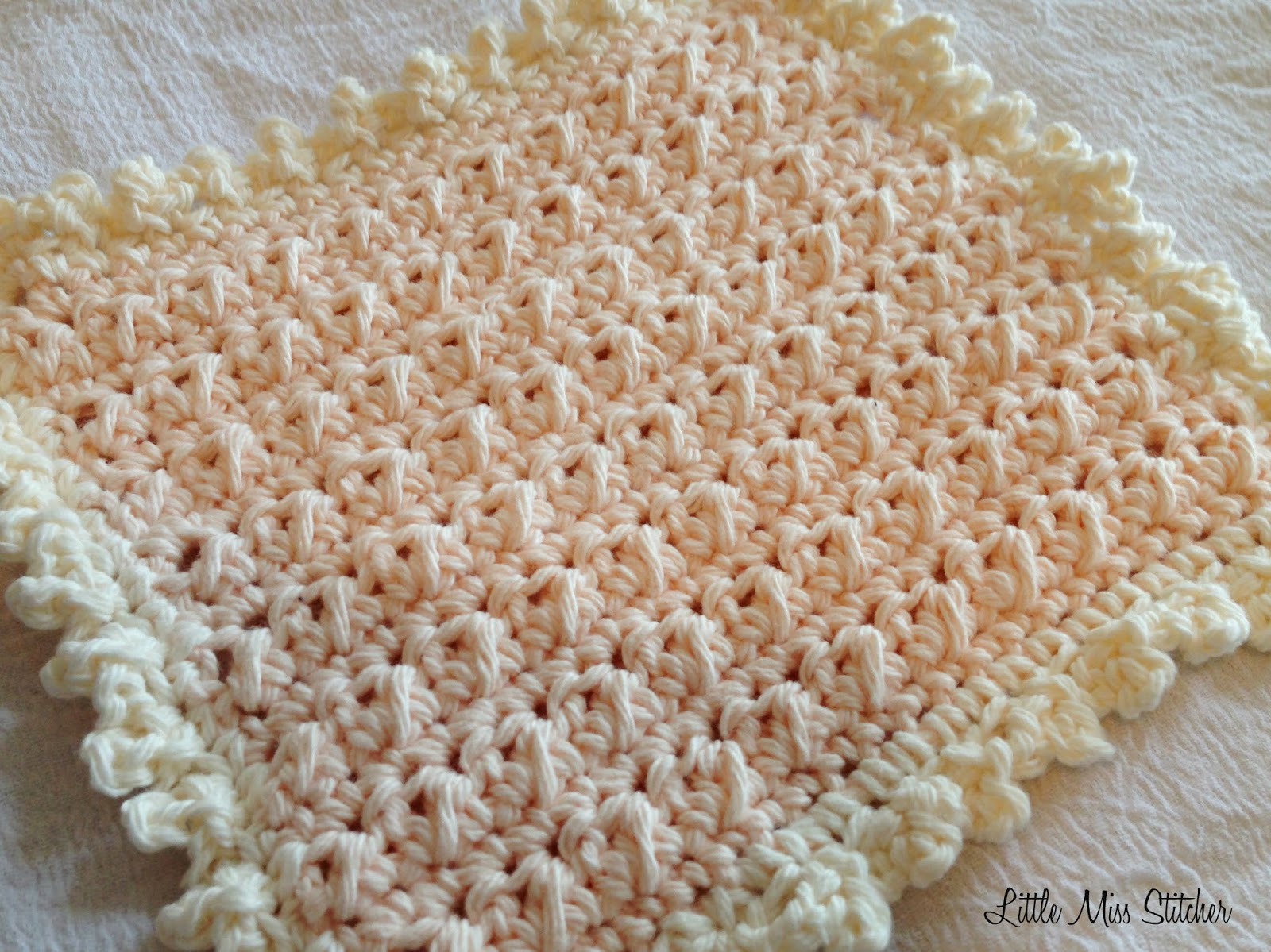 http://little-miss-stitcher.blogspot.com/2015/01/delightful-dishcloth-crochet-free.html?spref=pi&m=1