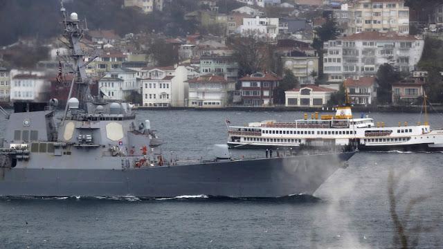 Dois navios da Marinha dos EUA estão sob custódia do Irã