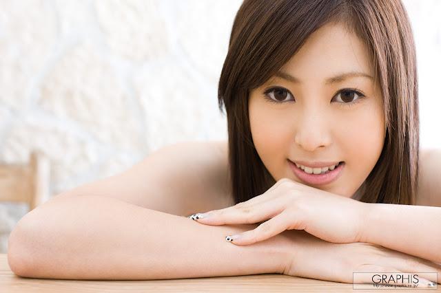 Model Rie Sakura