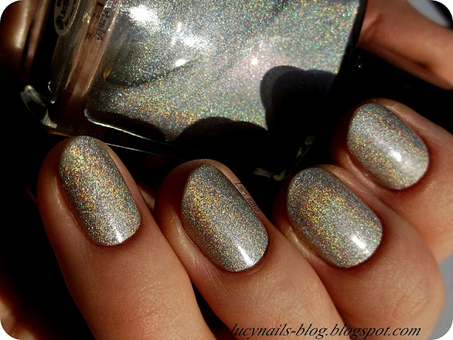 Lakier holograficzny Avon Magic Effect Cosmic  Moonbeam