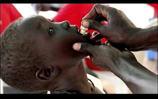 """Ao menos 39 pessoas morreram na epidemia de cólera que faz estragos no Sudão do Sul há um mês e que se propagou a outro estado deste país em guerra, afirmou nesta terça-feira (21) a OMS. No total foram diagnosticados """"1.212 casos de cólera"""", dos quais """"39 fatais"""", segundo números da Organização Mundial de Saúde, que informa que a epidemia se estendeu da capital, Juba, ao estado vizinho de Jonglei, muito afetado pela guerra civil travada no país há um ano e meio."""
