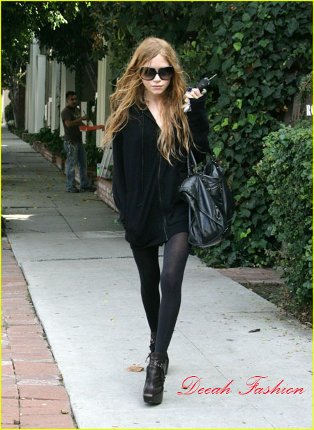 Gaya Khas Marry Kate Ashley Olsen