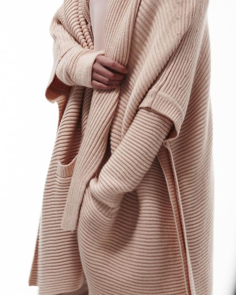 Fall 2014 Calvin Klein white label, oversized knit, camel knitwear