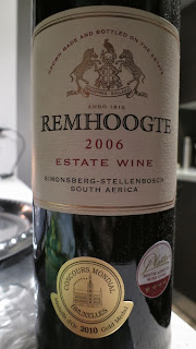 Wine Review of 2006 Remhoogte Estate Wine from WO Simonsberg-Stellenbosch, South Africa