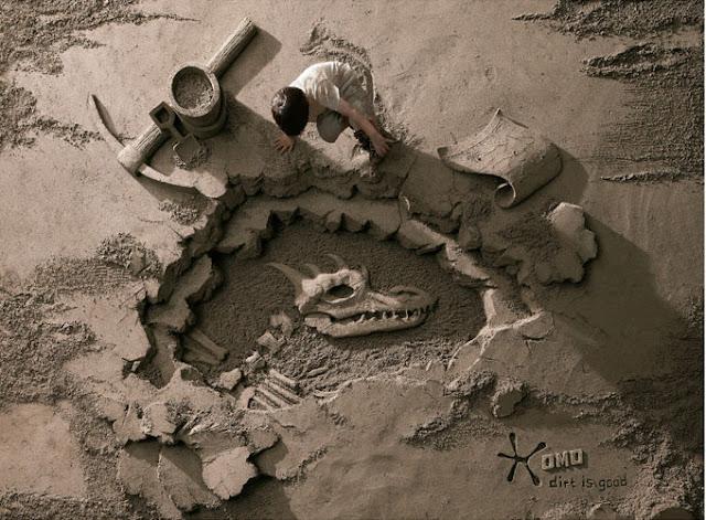 Dirt is good, lowe singapour,Jooheng Tan,art,arte,arena,escultura,sculture,sand,esqueleto,dinosaurio,niño