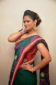 Shilpa chakravarthy sizzling pics-thumbnail-18