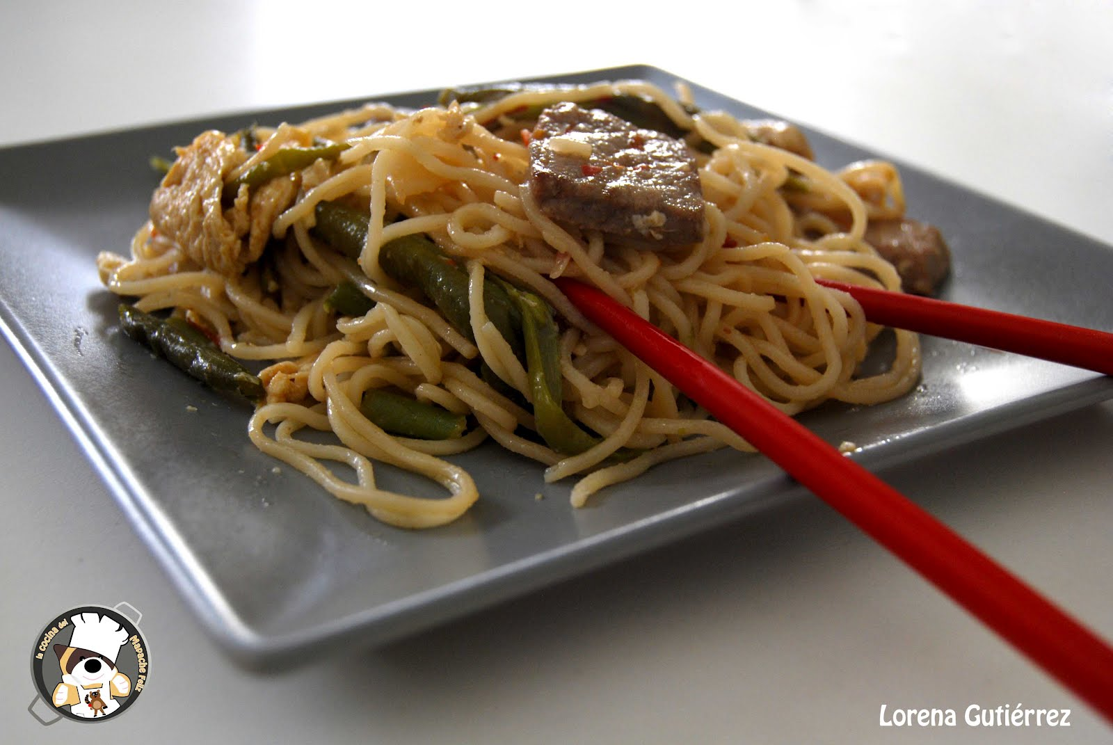Recetas asi ticas fideos con ternera alubias verdes y for Cocinar wok en casa