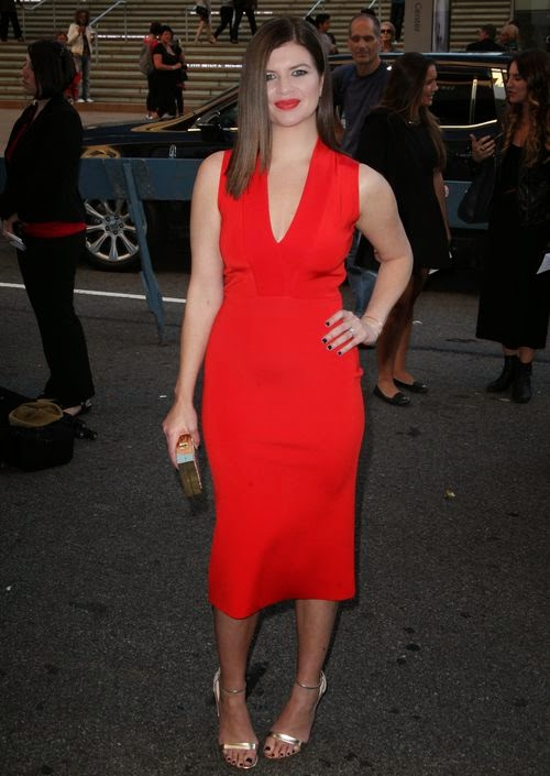 Known from 'Marry Me' | Pregnant Casey Wilson reveals: It's a boy