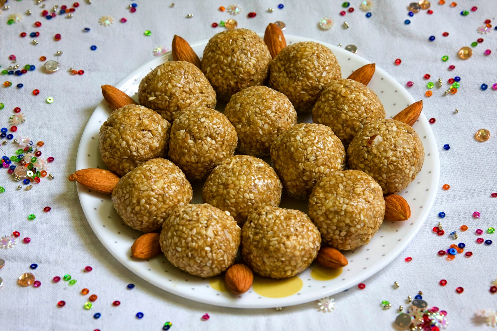Til Ladoo (with Jaggery)