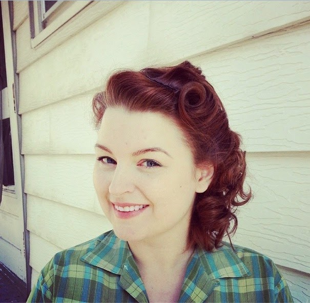 1940s victory rolls and pin curls