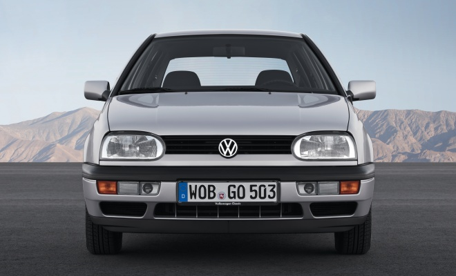 Volkswagen Golf III front view