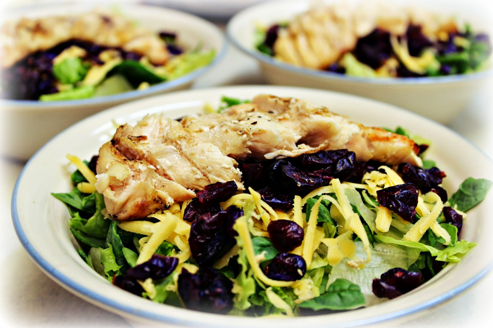 Grilled Chicken & Craisin Salad: AJcrazies by AJK