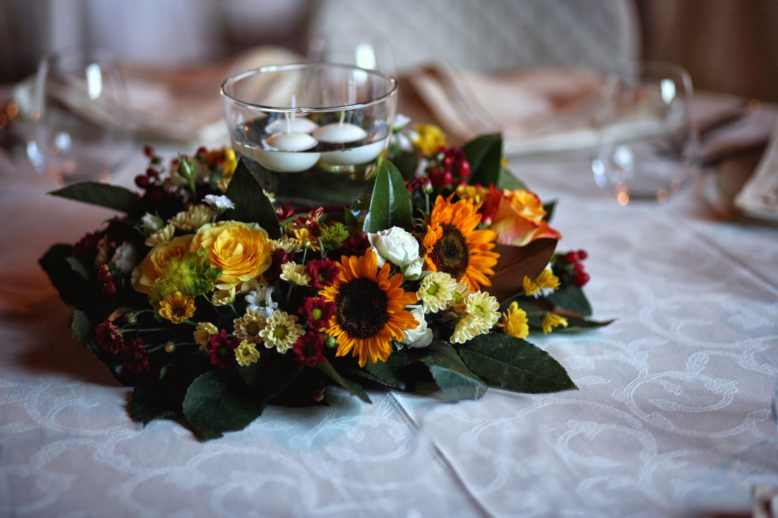 Tavolo Matrimonio Girasoli : Green grass un matrimonio estivo girasoli e sorrisi