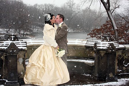 Holding the wedding in winter especially in snow will make people more