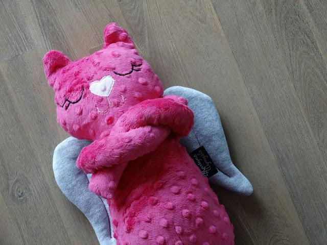 kotek przytulanka do spania róż 3