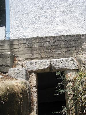 Mycenian Grave Aghios Ioannis Hostos