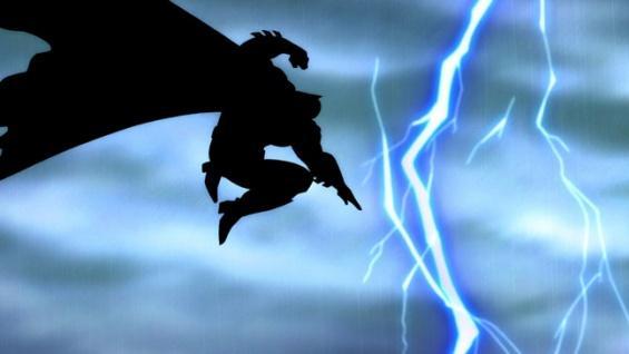 """Batman saltando a la luz del trueno en """"El Regreso del Caballero Oscuro"""""""