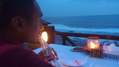 Dinner di Tanah Lot