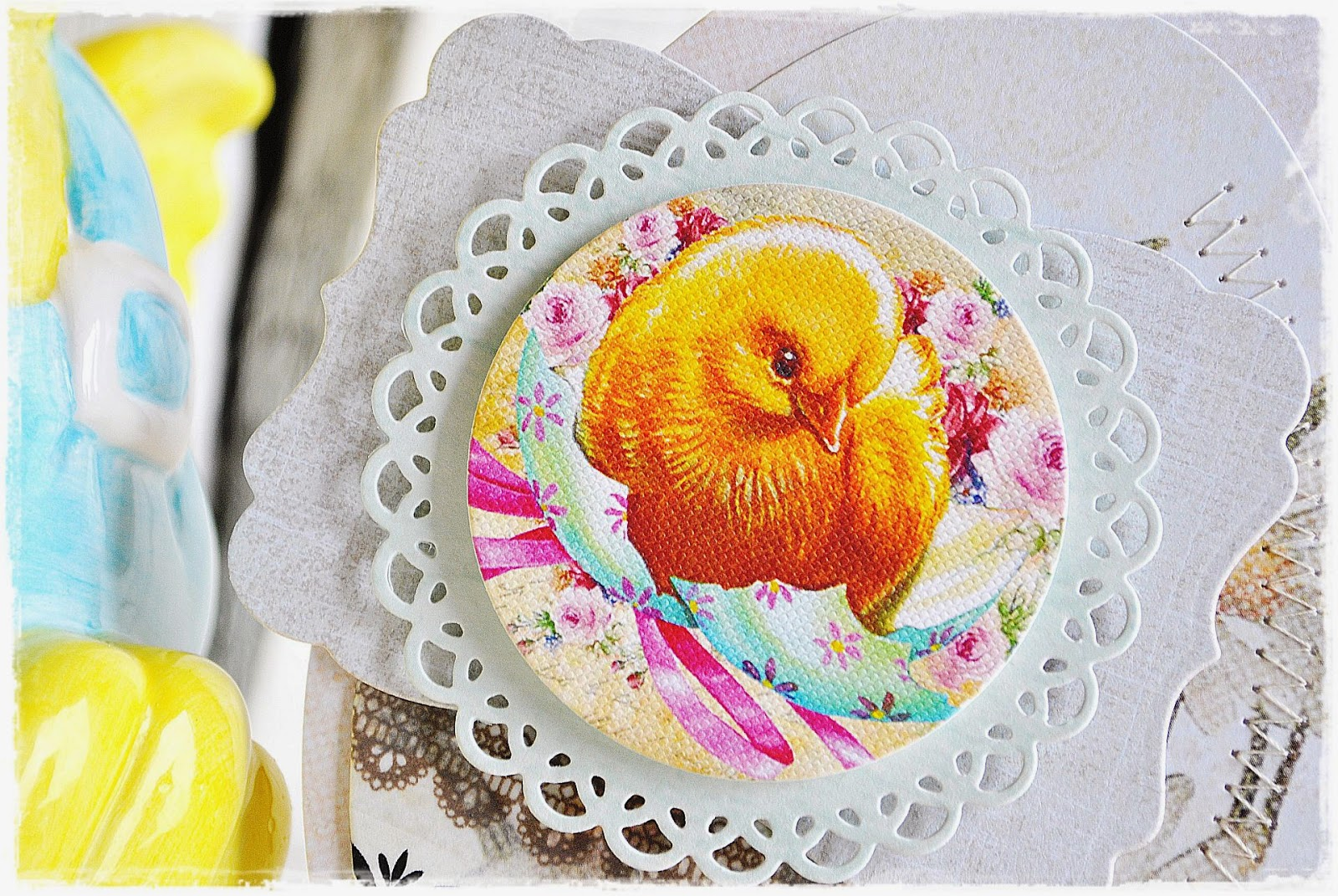 kartka wielkanocna w kształcie jajka - scrapbooking
