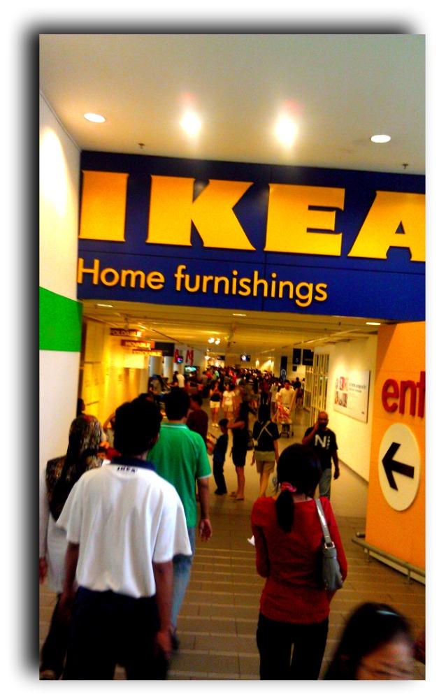 miss_fanadyalicious: :: Meja Ikea Yang Kejam