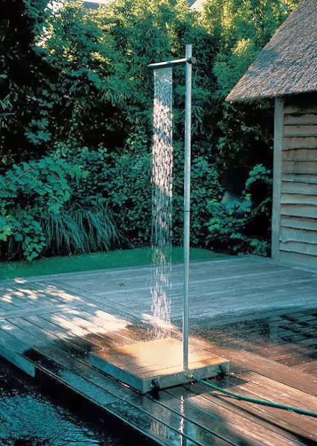 Coolest and Awesome Outdoor Shower Designs (15) 9