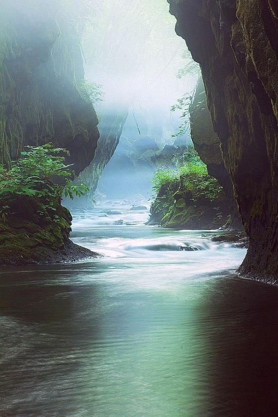 Tarumae Gorge, Hokkaido