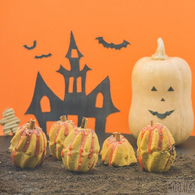 Halloween Pumpkin Mini Cakes