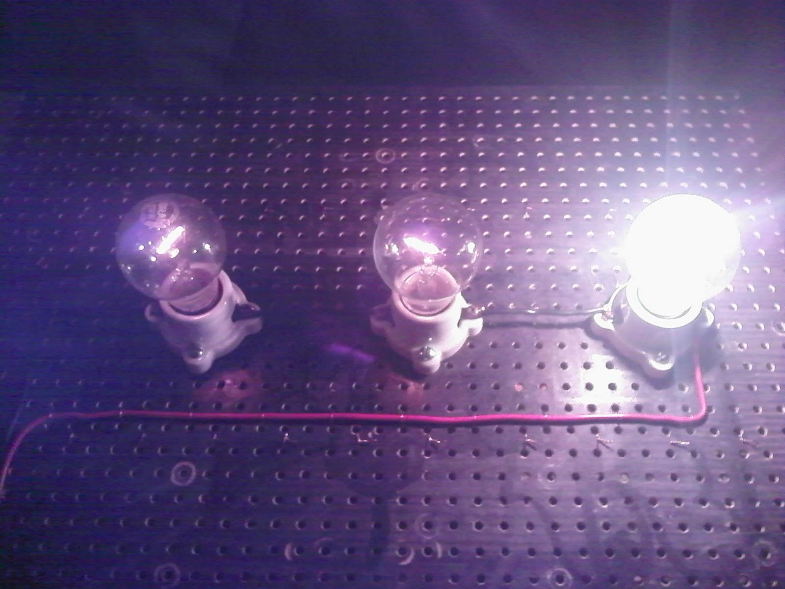 Circuito En Serie : Circuitos paralelo y serie de resistencias circuitos de focos y