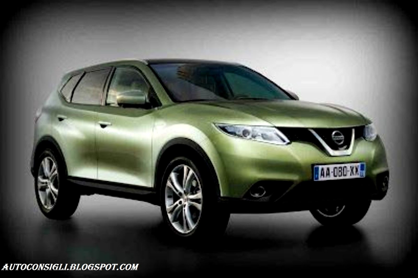 car al top 33 nissan qashqai 2014 dotata di linea muscolosa. Black Bedroom Furniture Sets. Home Design Ideas