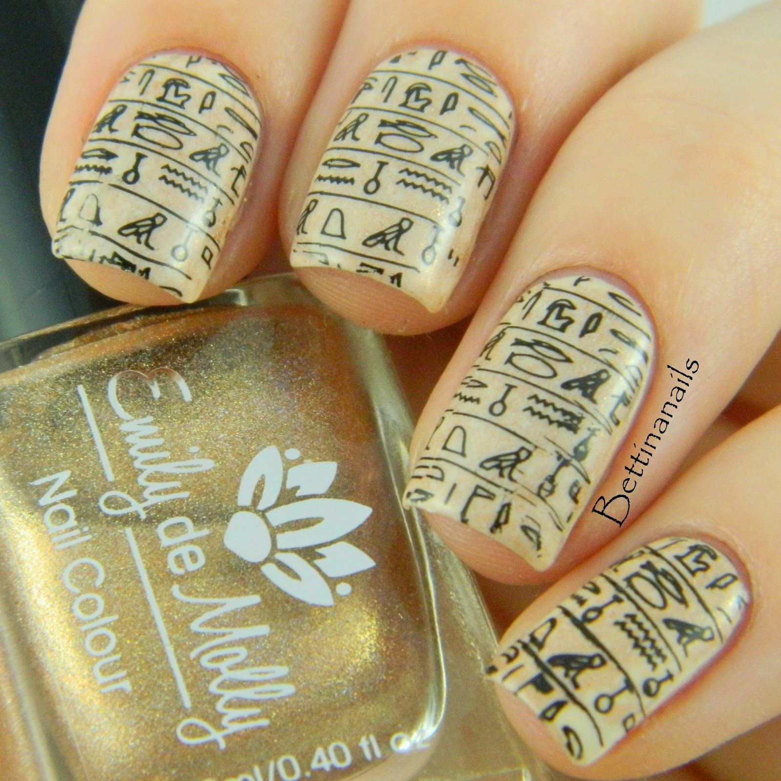 This year I am challenging myself to make some simple nail art tutorial  videos. Here is my first attempt with a quick stamping tutorial. - Bettina Nails: Egyptian Hieroglyphs Nail Art
