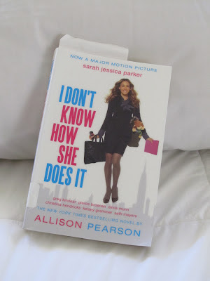 an analysis of the book i dont know how she does it by allison pearson An award-winning journalist, she was named newcomer of the year at the british book awards for her first novel, i don't know how she does it allison has written for many magazines and newspapers including the daily telegraph, the independent, the observer, the sunday times and the london evening standard.