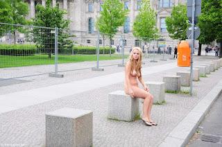 Nude Selfie - rs-anne0294-750149.jpg
