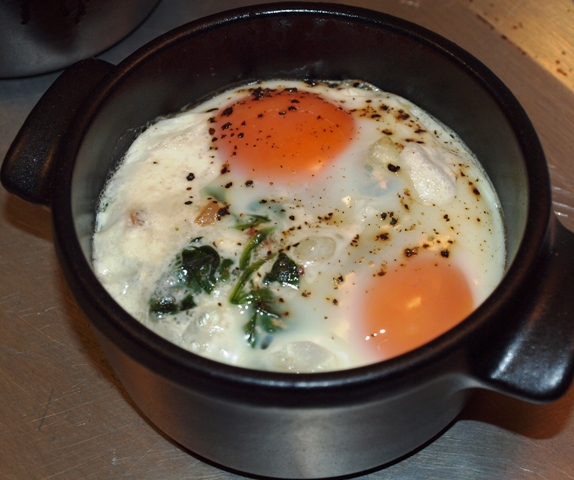 ... Enthusiast: Sunday Breakfast: Eggs en Cocotte with Bacon and Spinach