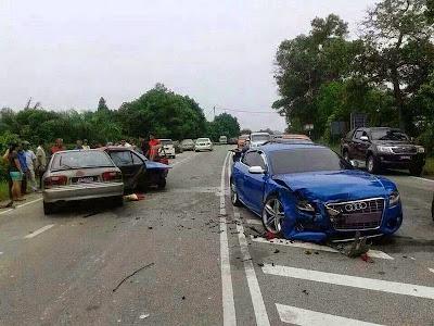 Foto Gambar Kereta Fizo Omar Terlibat Dalam Kemalangan