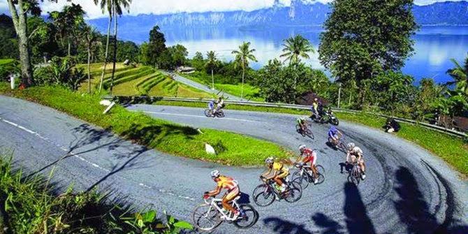Jalan Paling Indah Di Indonesia