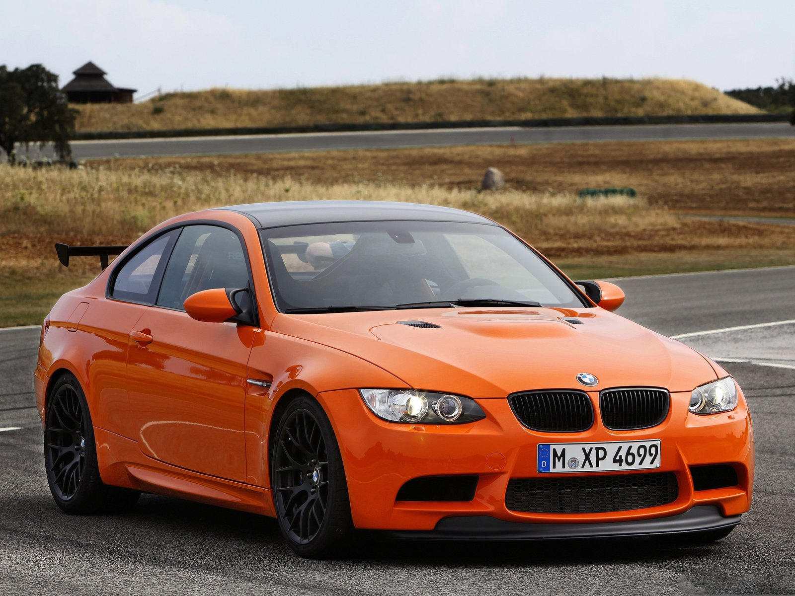 2011 bmw m3 gts front view