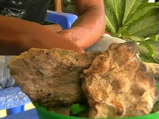 syafii makan batu