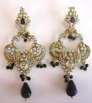 Beautiful elegant stylish Earings Collection april 2012