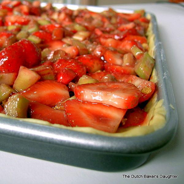 The Dutch Baker S Daughter Strawberry Rhubarb Slab Pie