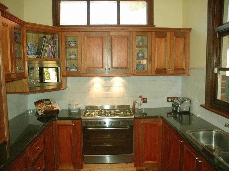 Small U Shaped Kitchens