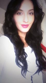 Noora Fatehi Private Facebooks pics   Temper Movie Actress Noora Fatehi