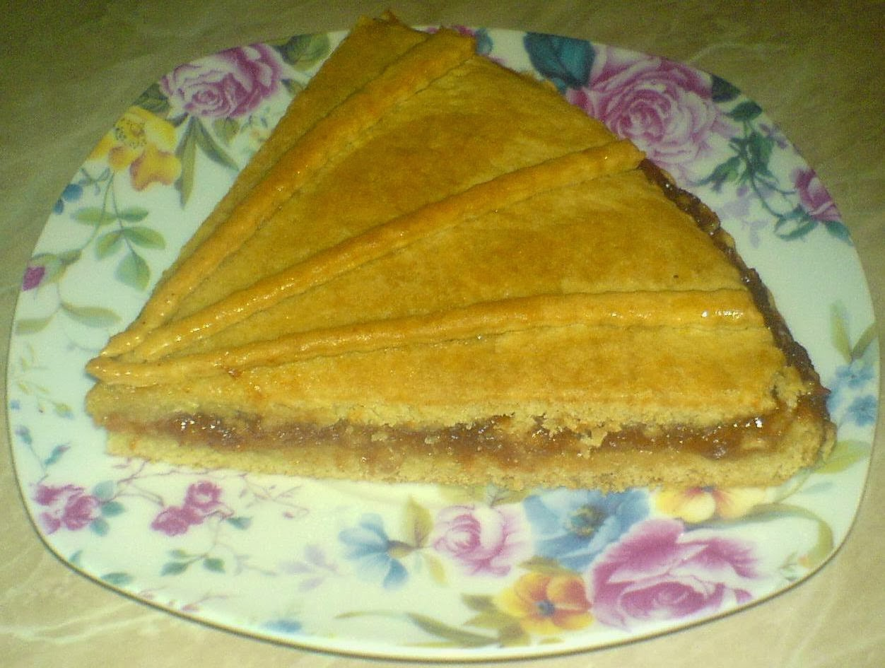 dulciuri, prajituri, deserturi, tarta, tarta cu nuci si gem de caise, retete si preparate culinare tarta cu nuci si gem, retete tarta, reteta tarta, prajituri cu gem, dulciuri cu gem, retete de post, dulciuri de post,