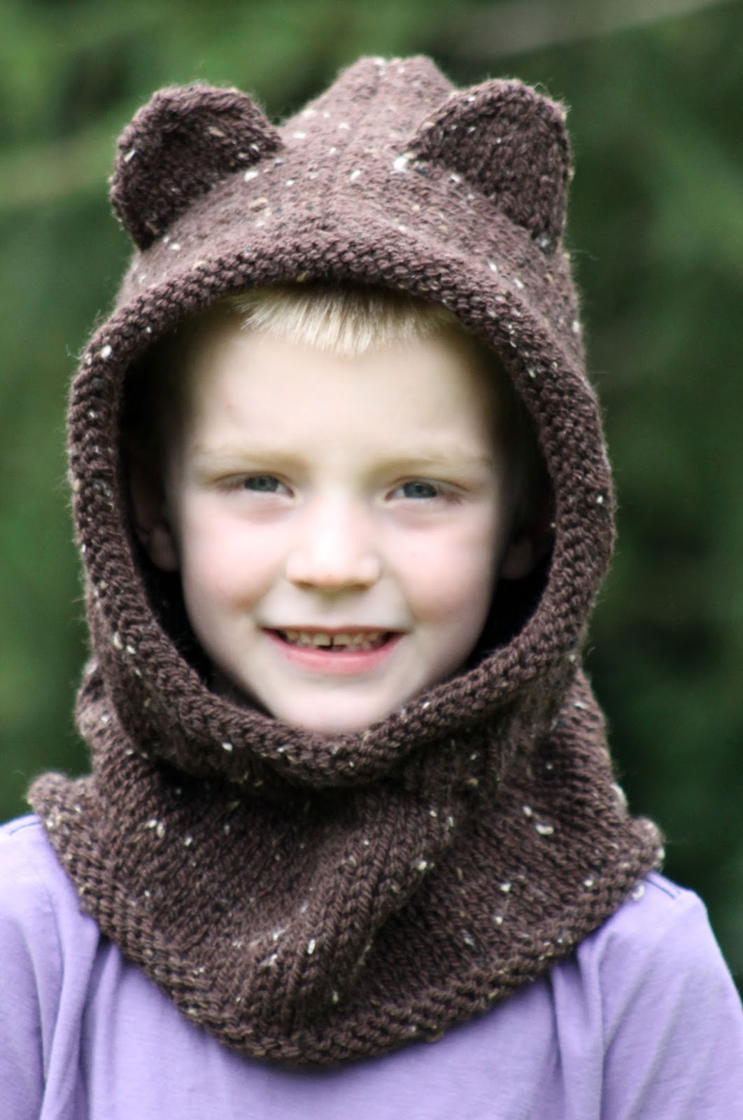Hooded Cowl Knit Pattern : Balls to the Walls Knits: Baby Bear Hooded Cowl